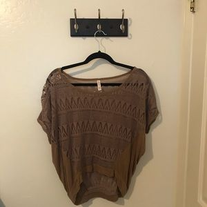 Lacey Loose Fitting Crop